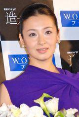 笑顔で新婚生活の順調ぶりを報告した檀れい (C)ORICON DD inc.