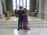 チャペルでMVの撮影を行ったMIHIROとTiara(右)