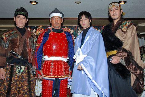 舞台『ぬばたまの淵』の公開リハーサルを行った(左から)東武志、渡辺裕之、布川隼汰、榊原利彦 (C)ORICON DD inc.