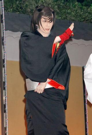 KYORAKU新機種『ぱちんこ 必殺仕事人IV』展示会で「組紐屋の竜」の扮装姿を28年ぶりに披露した京本政樹 (C)ORICON DD inc.