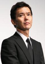 『第24回東京国際映画祭』で上映された、映画『ハードロマンチッカー』の舞台あいさつに出席した渡部篤郎