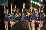 『早稲田祭2011記念会堂イベント Age×AKB48』でパフォーマンスした「チームB」(C)ORICON DD inc.