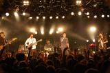 5人体制初の全国ツアーが広島・クラブクアトロで開幕