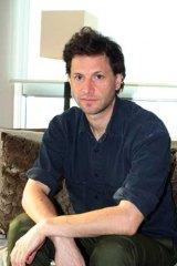 ベネット・ミラー監督。1966年米ニューヨーク生まれ。テレビCMやミュジック・ビデオなども多く手がける  (C)ORICON DD inc.