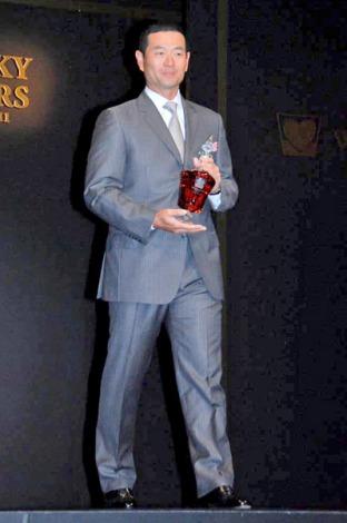 『WHISKY LOVERS AWARD 2011』の「Best Whisky Lover」に選ばれた桑田真澄氏 (C)ORICON DD inc.