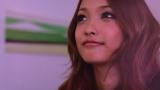Dear「幸せになりたい。feat. CLIFF EDGE」のMVより、モデルの安井レイ