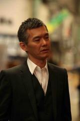 映画『ハードロマンチッカー』より 出演の渡部篤郎 (C)2011「ハードロマンチッカー」製作委員