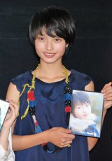 初主演作『空色物語』完成披露舞台あいさつに出席した、『第7回東宝シンデレラ』受賞者の小川涼