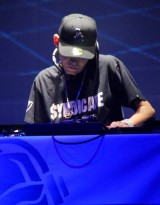 DJ YUTAKA (C)ORICON DD inc.