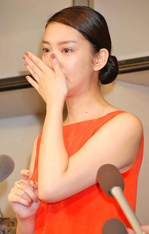 サムネイル 大活躍の1年を振り返り、思わず大粒の涙を流した武井咲 (C)ORICON DD inc.
