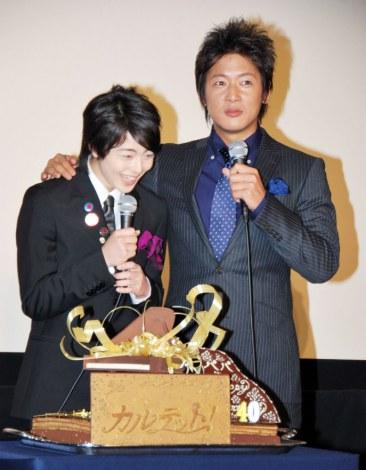 映画『カルテット!』で親子役を共演した(左から)高杉真宙、細川茂樹 (C)ORICON DD inc.