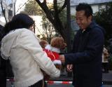 だいすけ君の相棒、お笑い芸人の松本秀樹が来場者にお礼のあいさつをした(テレビ東京・BSジャパン)