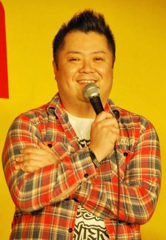 DVD『ブラマヨとゆかいな仲間たち アツアツっ!』の発売記念イベントを行った、ブラックマヨネーズの小杉竜一 (C)ORICON DD inc.
