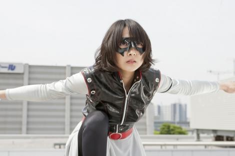来年3月に全国公開が決定した映画『サルベージ・マイス』 (C)2011「サルベージ・マイス」製作委員会