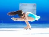 東京・六本木の東京ミッドタウンで行われたアイスリンクのオープニングセレモニーで見事なスケーティングを披露した本田望結 (C)ORICON DD inc.