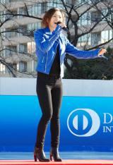 東京・六本木の東京ミッドタウンで行われたアイスリンクのオープニングセレモニーに出席した倉木麻衣 (C)ORICON DD inc.