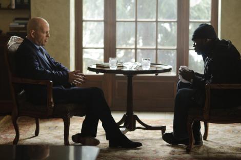 映画で共演をするブルース・ウィリス(左)と50セント(右) (C)2011 GEORGIA FILM FUND TWO, LLC