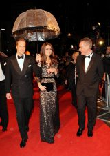 映画『戦火の馬』ロイヤル・プレミアで2ショットを披露したウィリアム王子とキャサリン妃