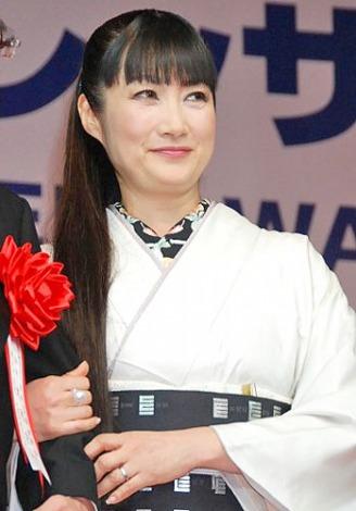 『第23回 日本ジュエリーベストドレッサー賞』表彰式に出席した、余貴美子 (C)ORICON DD inc.