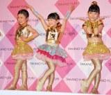 CMではK-POP風の衣装に身を包み、12人のキッズダンサーズと歌とダンスを披露する (C)ORICON DD inc.