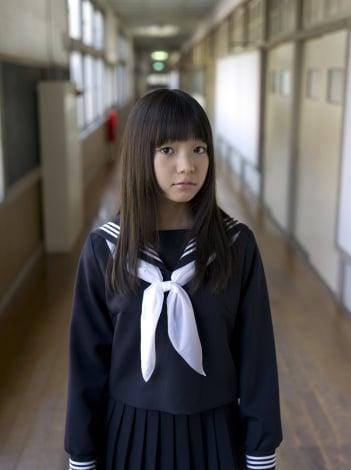サムネイル 1st写真集『つぼみ 3 村田寛奈』を発売する9nine・村田寛奈