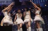 AKB48のドキュメンタリー映画主題歌「ファースト・ラビット」初披露