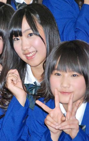 NMB48の新チーム「team M」結成会見に出席した(左から)肥川彩愛、城恵理子 (C)ORICON DD inc.