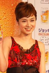 『ネクストブレイクランキング 2012』の「女優部門」6位に選ばれた、平愛梨 (C)ORICON DD inc.