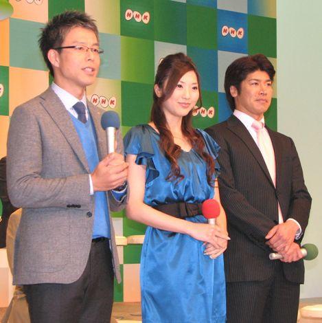 写真右が4月からレポーターとして新加入する酒井博司アナ。 (C)ORICON DD inc.
