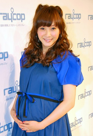 サムネイル 妊娠9ヶ月目突入でお腹ふっくらの藤本美貴 (C)ORICON DD inc.