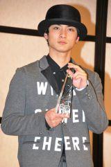 『2012年 エランドール賞』新人賞を受賞した高良健吾 (C)ORICON DD inc.