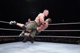 ジョン・シナvsザ・ミズ=昨年の横浜アリーナ公演の模様 (C)2012 WWE, Inc.  All Rights Reserved.