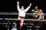 ジョン・シナのリングイン=昨年の横浜アリーナ公演の模様 (C)2012 WWE, Inc.  All Rights Reserved.
