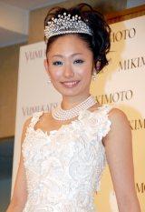 桂由美の新作ウエディングドレス『YUMI MARIEE Princess of Mikimoto Pearls』発表会に出席した安藤美姫 (C)ORICON DD inc.