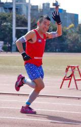 WAHAHA本舗全体公演『ミラクル』と五輪出場祈願イベントのマラソンに参加した猫ひろし (C)ORICON DD inc.