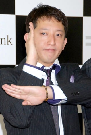 『SoftBank 4G』サービス開始記念イベントにゲストとして出席したサバンナ・高橋茂雄 (C)ORICON DD inc.