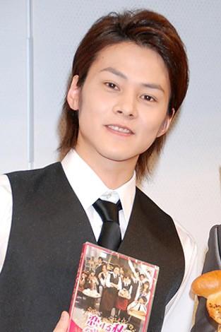 「恋パン」販売&DVD『恋する私のベーカリー』発売記念イベントに登場したLead・古屋敬多 (C)ORICON DD inc.