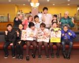 NON STYLE・石田明脚本&演出の舞台『ファミリーレスト乱』を披露したキャストたち