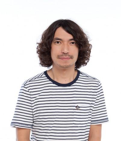 TOKYO-MXの人気情報バラエティ『5時に夢中!』で新MCを務めるふかわりょう