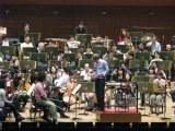 昨年3月11日、大地震が発生し演奏会の開催も危ぶまれる中、リハーサルを行っていた…(C)NHK