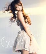 シングル「Go Round / YEAH-OH」(3月21日写真)のジャケット(CD+DVD)