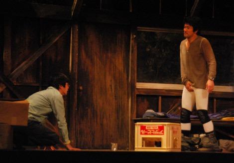 舞台『幻蝶』の公開舞台けいこを行った(左から)内野聖陽、田中圭 (C)ORICON DD inc.