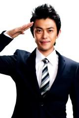 唯一の大人刑事役で出演する勝地涼(C)2012「コドモ警察」製作委員会