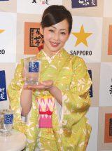 『新橋ごぶごぶ祭り』開催記念イベントに着物姿で出席した井上和香 (C)ORICON DD inc.