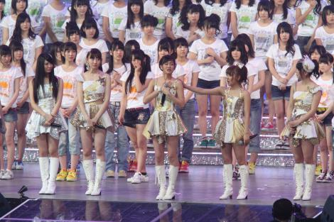 AKB48からの卒業を発表する前田敦子 (C)ORICON DD inc.