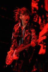米NYのマディソン・スクエア・ガーデン公演を成功させたL'Arc〜en〜Cielのtetsuya(B)