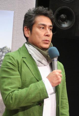 ドラマ『あっこと僕らが生きた夏』の完成試写会に出席した宇梶剛士