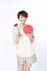 ロッテ『ガーナミルクチョコレート』の新CM「母の日篇2012」に出演する長澤まさみ