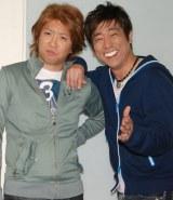 ものまねライブ『変人』を開催するホリ(左)と原口あきまさ (C)ORICON DD inc.