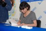 自身の著書発売記念で行った「てづくりはんこスタンプ会」の模様 (C)ORICON DD inc.